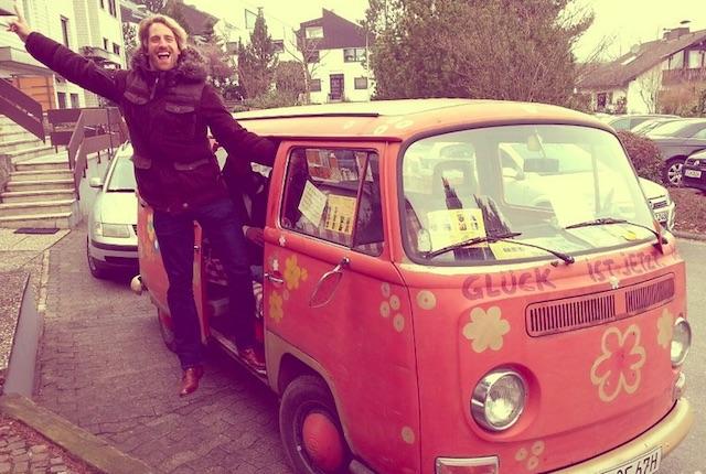 VW Bus T2 feeling mit dem BusChecker neu entdecken