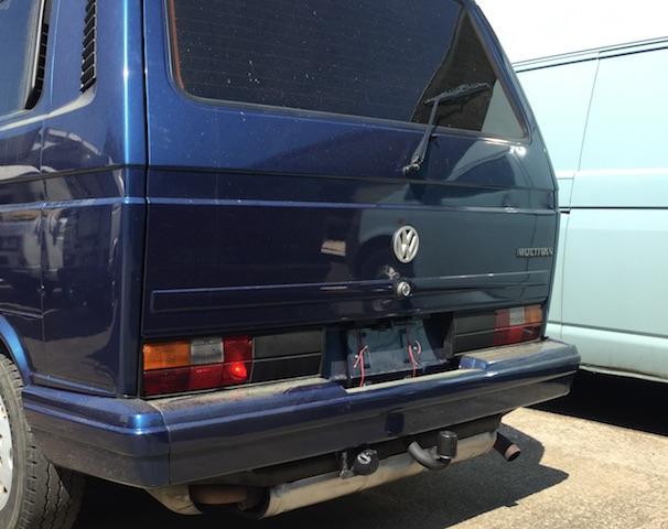 VW Bus T3 Last Limited Heckklappe nah Ueberfuehrung ohne Flecken