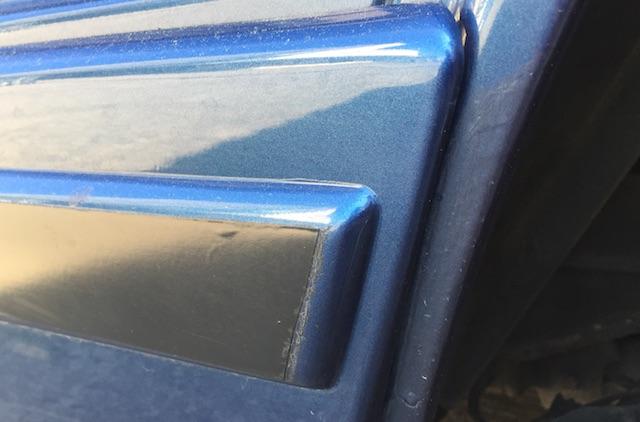 VW Bus T3 Planken beim LLE mit schwarzem Streifen lackiert