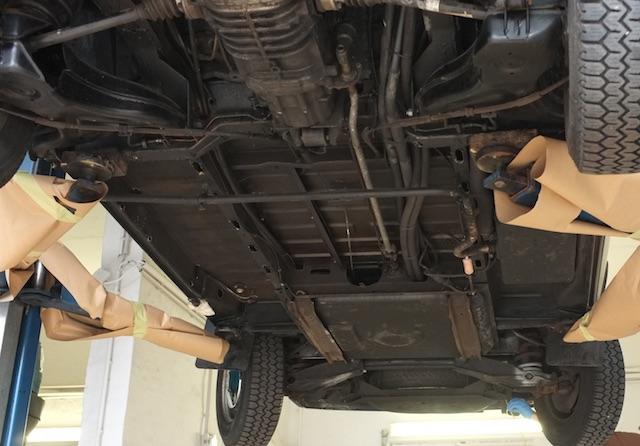 VW Bus T3 Unterboden gut erhalten