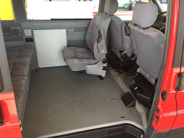 VW Bus T4 Multivan ein back to back Sitz viel Platz
