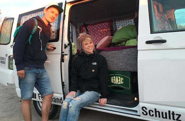 VW Bus T6 low budget Interessenten David und Eva haben Probe geschlafen