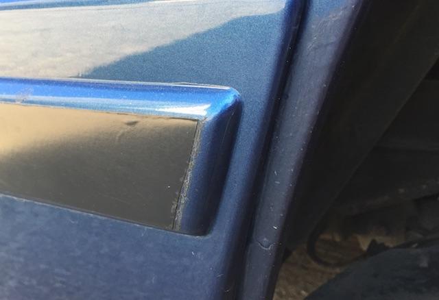 umlaufender Streifen per Lackfolie VW Bus T3 Planken