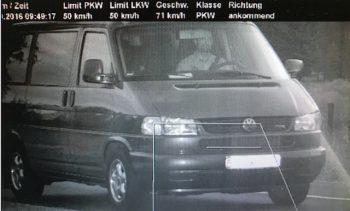 blitzer-bus-checker-t4-ausgiebige-probefahrt