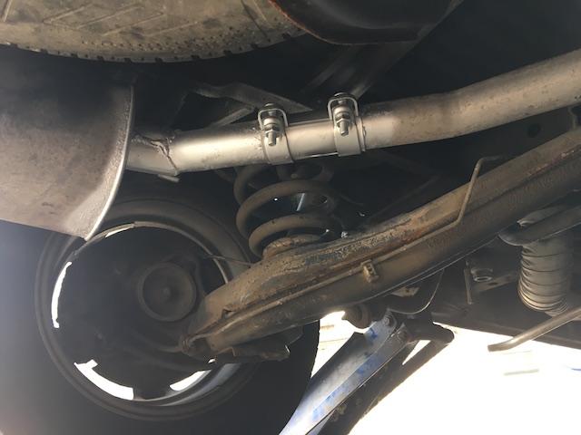 VW Bus Auspuffreparatur vom feinsten