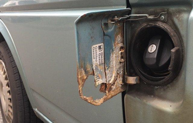 VW Bus Rost Tankdeckel Opferanode