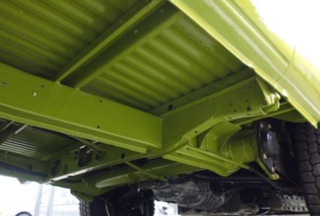 VW Bus T2 Unterboden neu