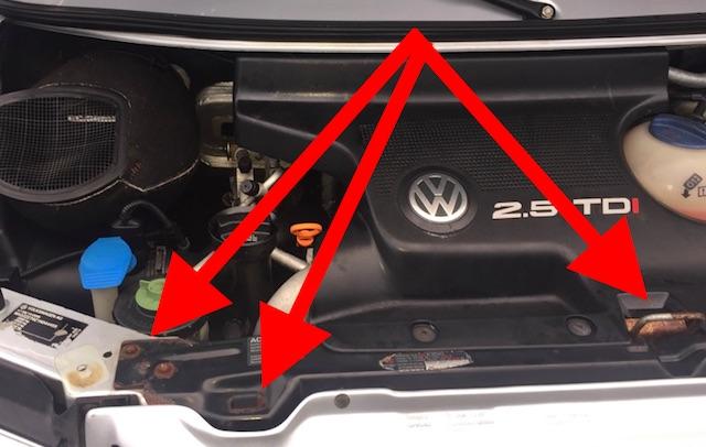 VW Bus T4 Schlosstraeger stark korrodiert