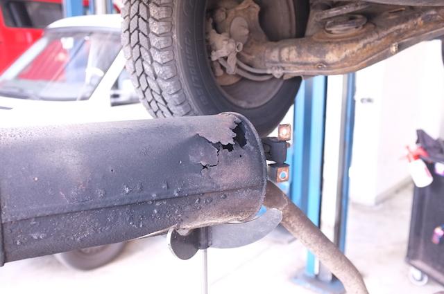 VW Bus T4 Auspuff Endtopf defekt VW BusCheck