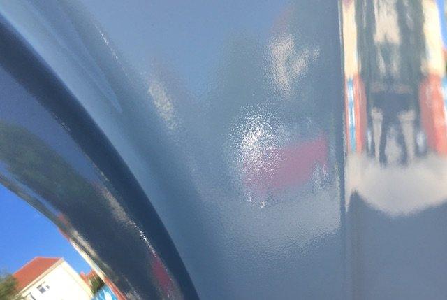 Orangenhaut VW Bus Lackierung mit zu wenig Temperatur