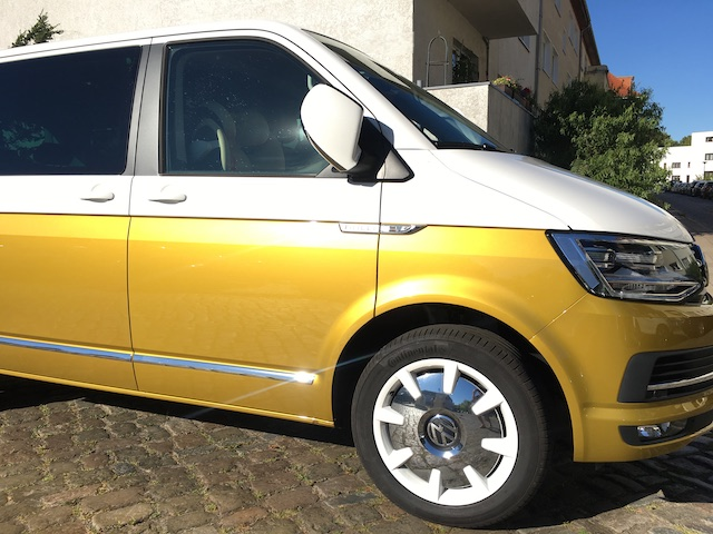 VW Bus T6 Zweifarbenlackierung gold metallic