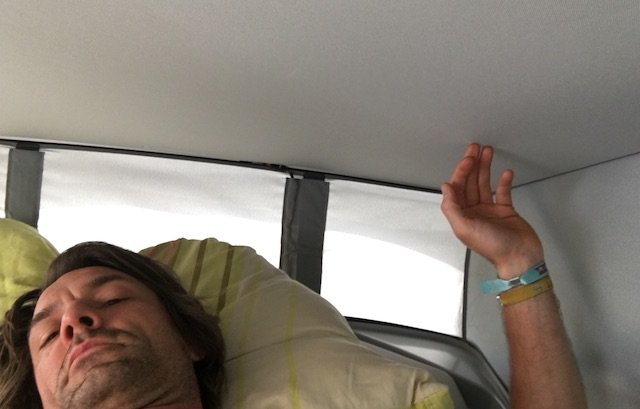 T6 schlafen im Faltdach ein Gedicht