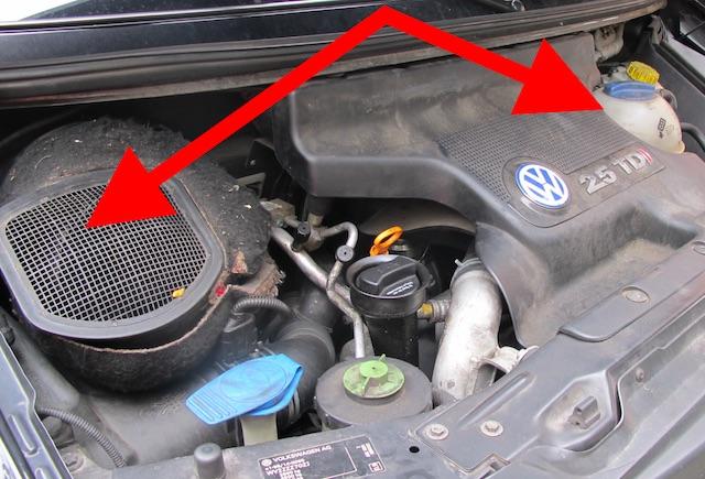Motorraum VW Bus T4 schlechter Service