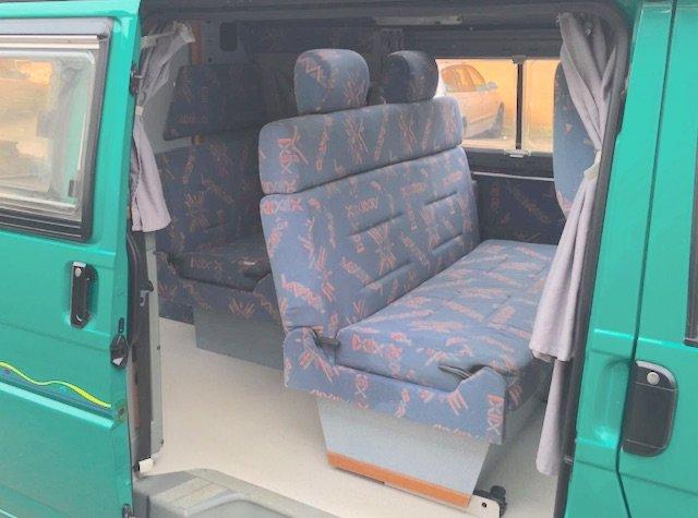 6 Sitzplaetze VW Bus T4 Camper Malibu Carthago