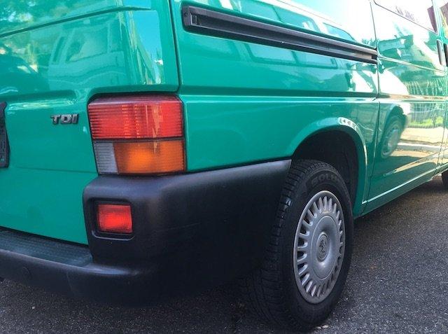 Fahrzeugaufbereitung besser als neu Spezialist VW Bus