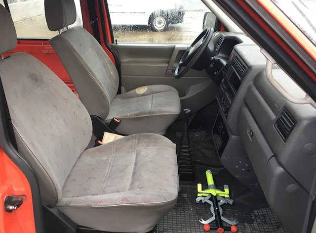 Sitze VW Bus T4 Feuerwehr verschlissen
