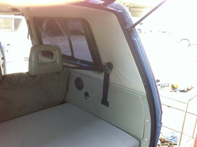 Gurtfuehrung T3 3 Punktgurt hinten original Volkswagen