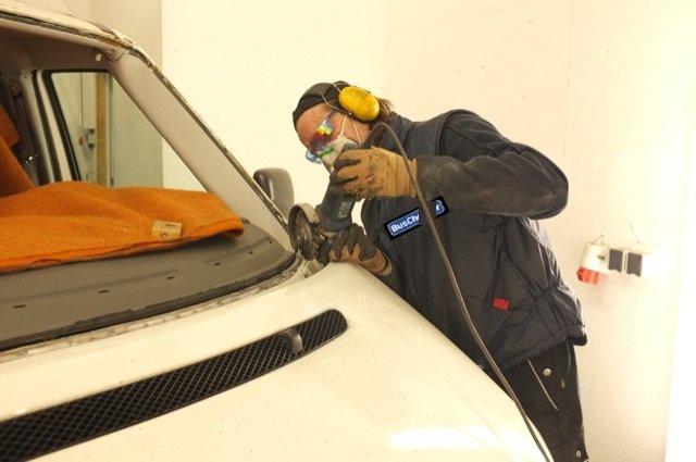 Scheibenrahmen VW Bus T4 Frontscheibe Rost entfernen