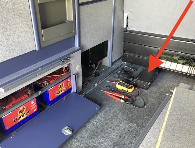 Spannungswandler VW Bus T4 Camper Defekt