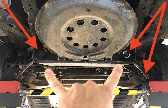Lagerung Zugstangenstrebe VW Bus T3 generell auf beiden Seiten erneuern