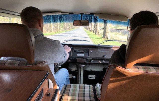 VW Bus Genuss Pur mit einem Klassiker
