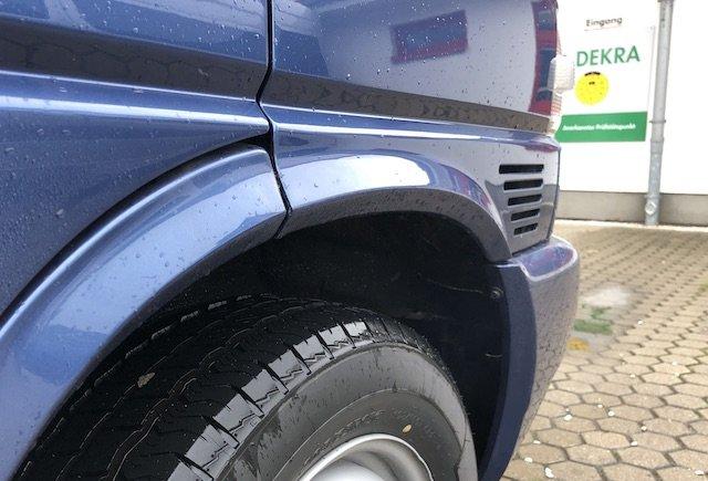 VW Bus T4 es raucht aus dem Radhaus Bremse fest