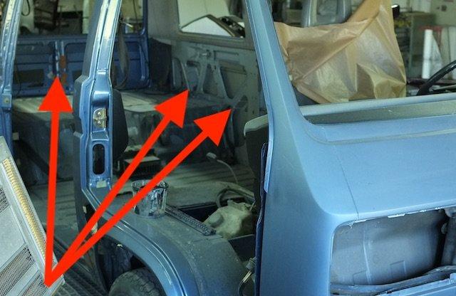 VW Bus T3 Karosse geklebt
