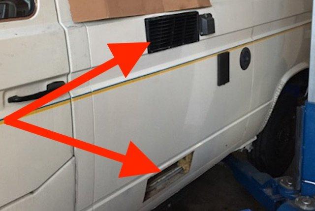 Entlüftungen Kühlschrank nachrüsten VW Bus T3 gegen Durchrostung Seitenteil