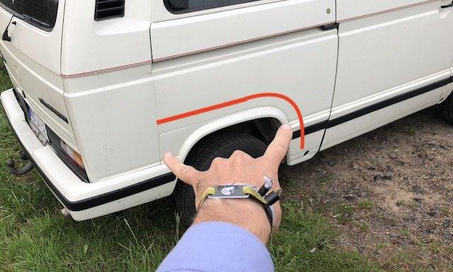 Seitenteil VW Bus T3 von innen nach aussen durchrostet