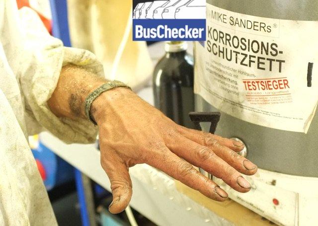 meine Hand fuer mein Produkt BusChecker empfiehlt Mike Sanders Wachs