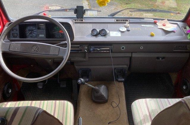 Armaturentafel VW Bus T3 gut erhalten wenig Bohrungen