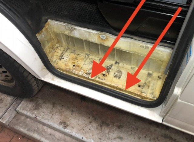 Einstieg VW Bus T4 Syncro Fahrerseite konserviert Mike Sanders kein Rost