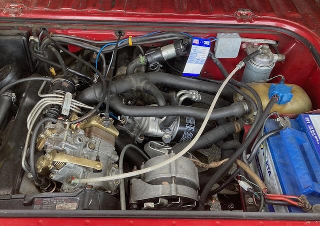 VW Bus T3 Motorraum gut erhalten Turbodiesel JX