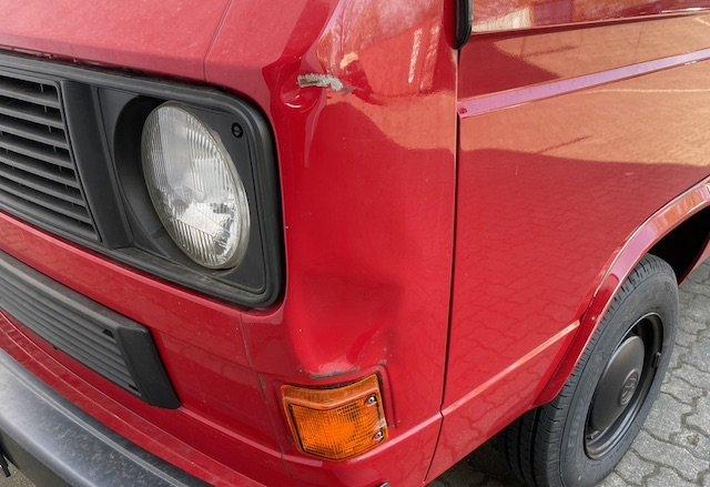 A Säule links Beule VW Bus Transporter Benziner Spargelhof