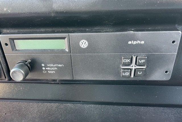 Radio Alpha VW Bus T3 1987