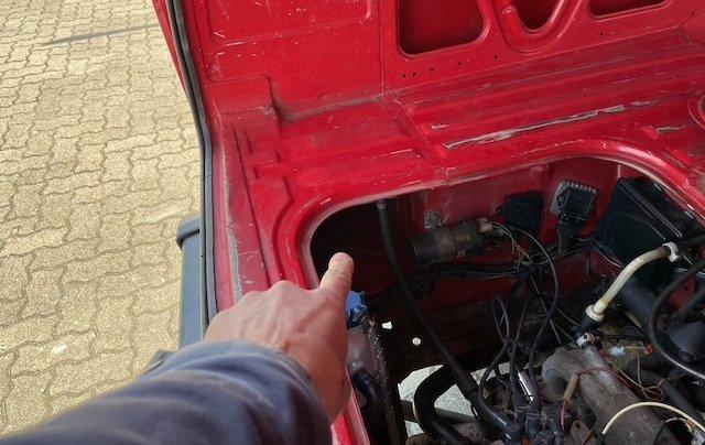 Schwachstellen VW Bus T3 Liste Motorraum hinter den Rücklichtern