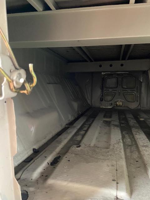 T2 Doka Stauraum unter Ladefläche auf Rost prüfen