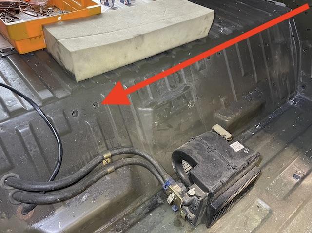 T3 Syncro Vorsicht bei Bohrung unter Rückbank