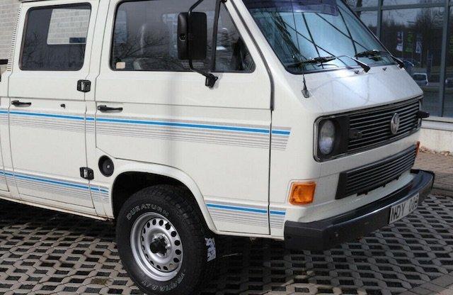 gute erhaltene nicht lackierte Karosse VW Bus T3 Doppelkabiner