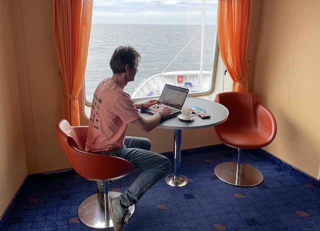BusChecker schreibt Reiseberichte zu VW Bus Themen auf hoher See